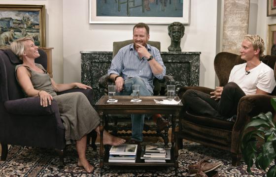 SKR podcastin neljännessä jaksossa vieraina ovat kirjailija Selja Ahava ja psykologi Sami Kivikkokangas.